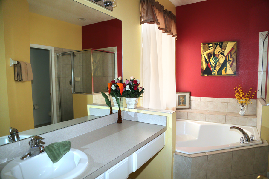 downstairs master king ensuite