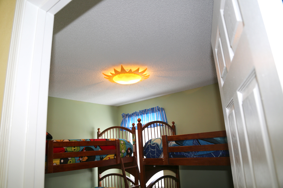 bunk beds room ceiling light