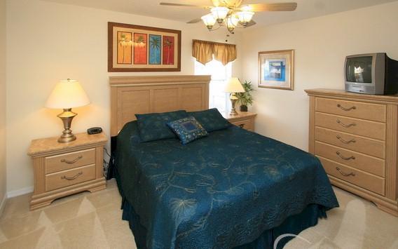 Queen Bedroom No. 1